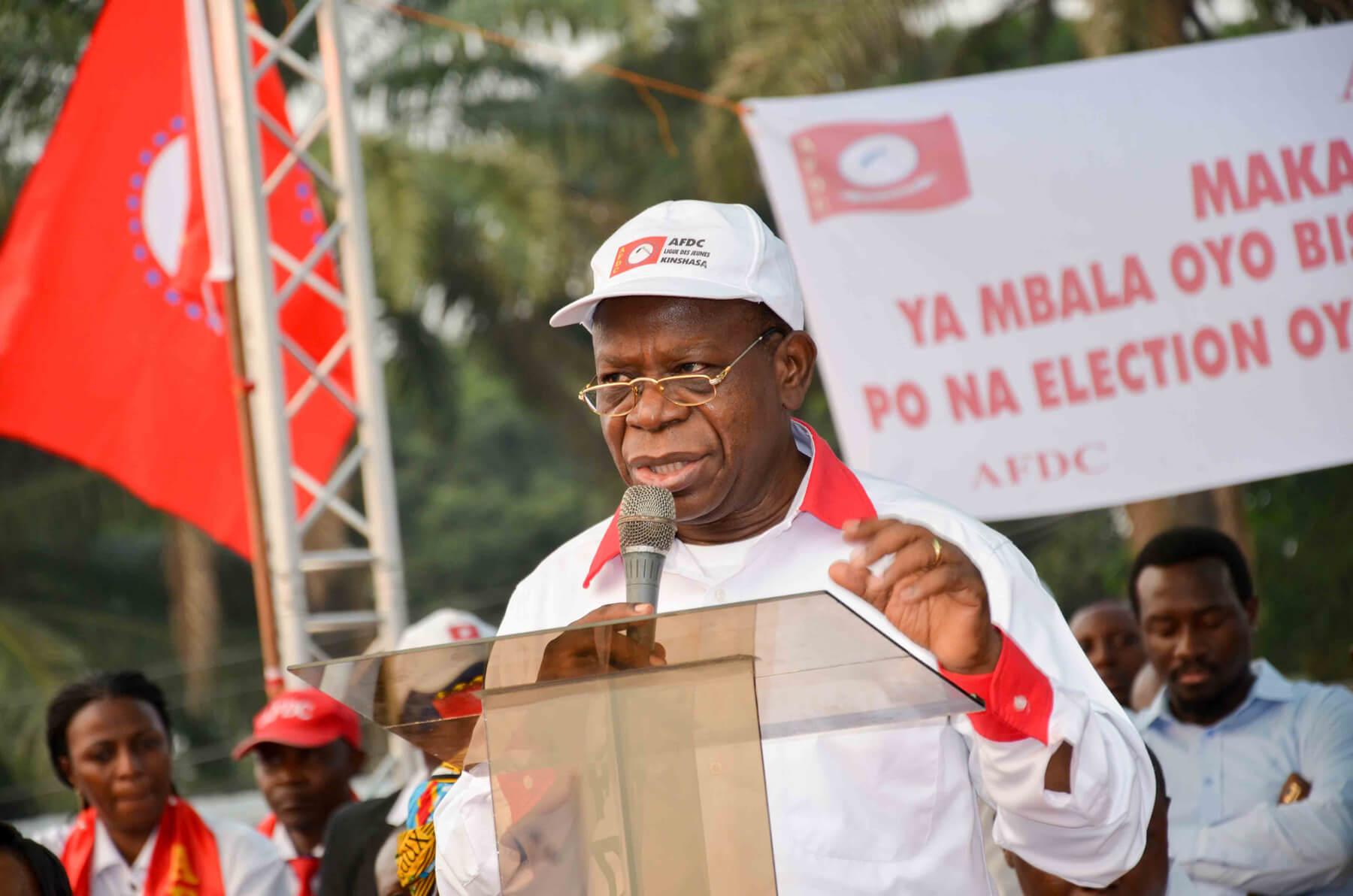 "Bahati Lukwebo: ""I keep my candidacy for the roost of the Senate"""
